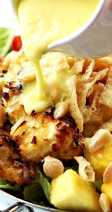 PINA COLADA CHICKEN SALAD ~ This sensational summer salad has baked coconut chicken tenders, fresh pineapple, macadamia nuts, and a creamy pina colada vinaigrette dressing! #RecipeSerendipity #recipe #food #cooking