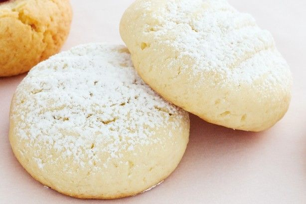 These tasty butter biscuits melt in your mouth - delicious!