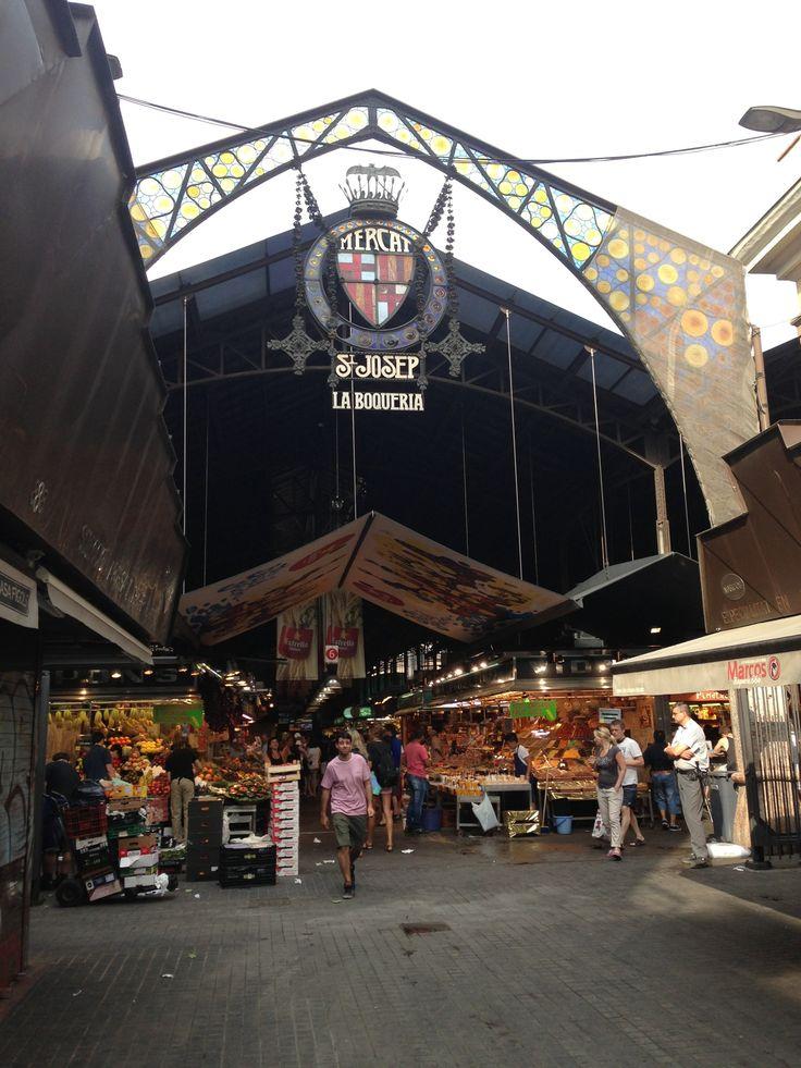 Mercat de Sant Josep - La Boqueria in Barcelona, Cataluña food markt, aanschuiven, Vis Variete bestellen