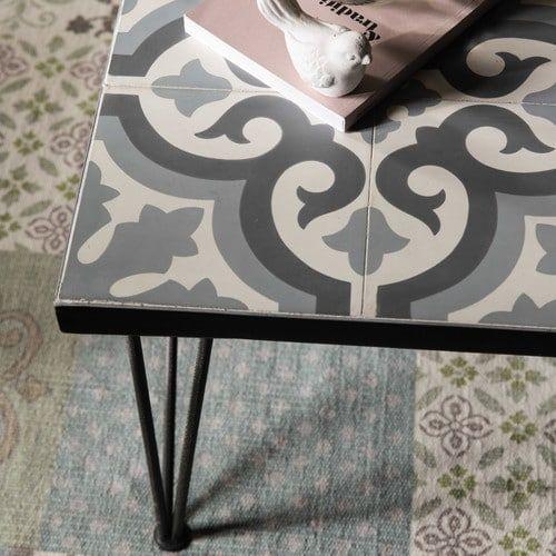 table basse en m tal et carreaux de ciment 60x120 cm. Black Bedroom Furniture Sets. Home Design Ideas