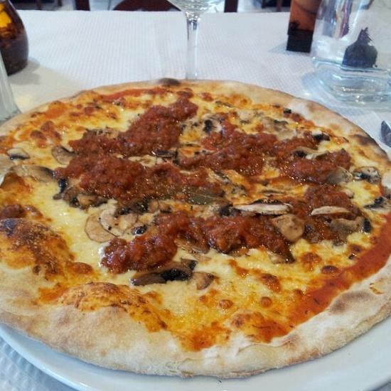 Pizza campione @Lisa Davila Pino sur mon-assiette.com