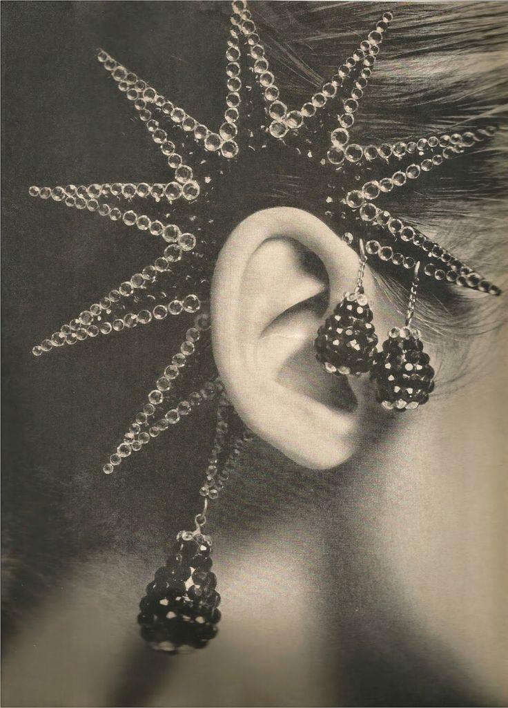 Harper's Bazaar December 1965, Christmas of Diamonds and Silver by Richard Avedon