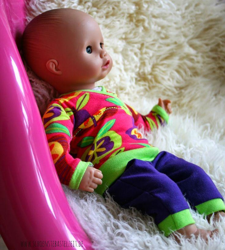 Puppenschlafanzug - genäht von (c) www.schoenstebastelzeit.de