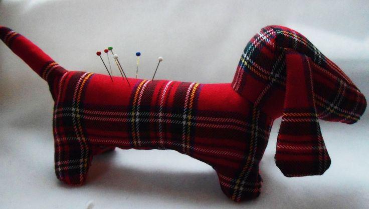 Pin Dog cushion aka Great British Sewing Bee !