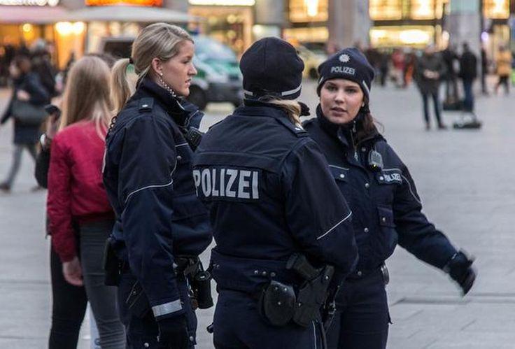 Onder de sterk aanzwellende stroom seksuele misdrijven van asielzoekers tegen Duitse meisjes is er nu ook een geval met een Nederlands tintje. In de grensplaats Weil am Rhein zijn twee minderjarige meiden door vier Syrische vluchtelingen verkracht. Dat liet de politie gisteren desgevraagd aan De Telegraaf.