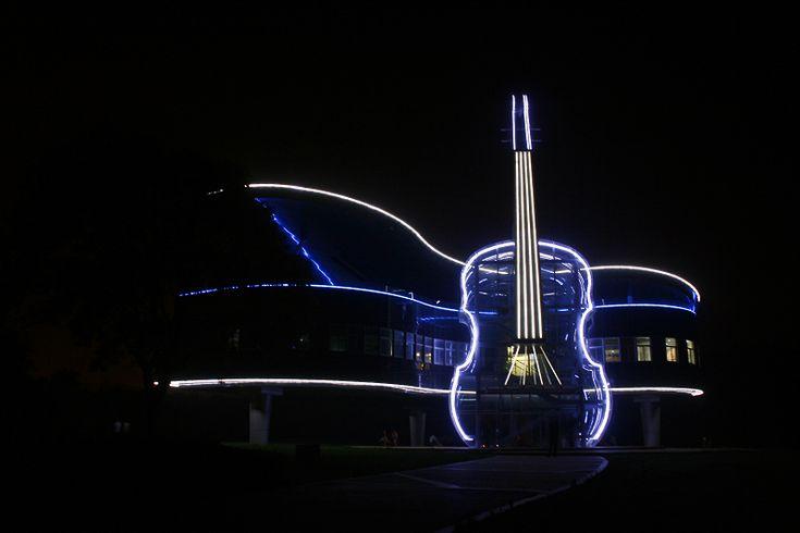 La inconfundible estructura Piano-Violín en China