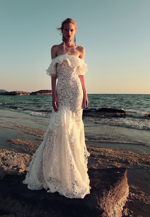 BR 1724 Floral Lace Tea Dress #weddingdress #bridal2017 #costarellos #bridetobe #brides #lace #novia #abitodasposa #wedding