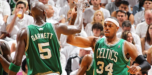 Celts beat Heat 94-90 in Miami to put them up 3-2 in the Eastern Conference Finals.: Celtic Congratulations, Beats Heat, Nba Finals, Boston Celtic, Conference Finals, England Sports, Celt Beats, Boston Cities, Beantown Sports
