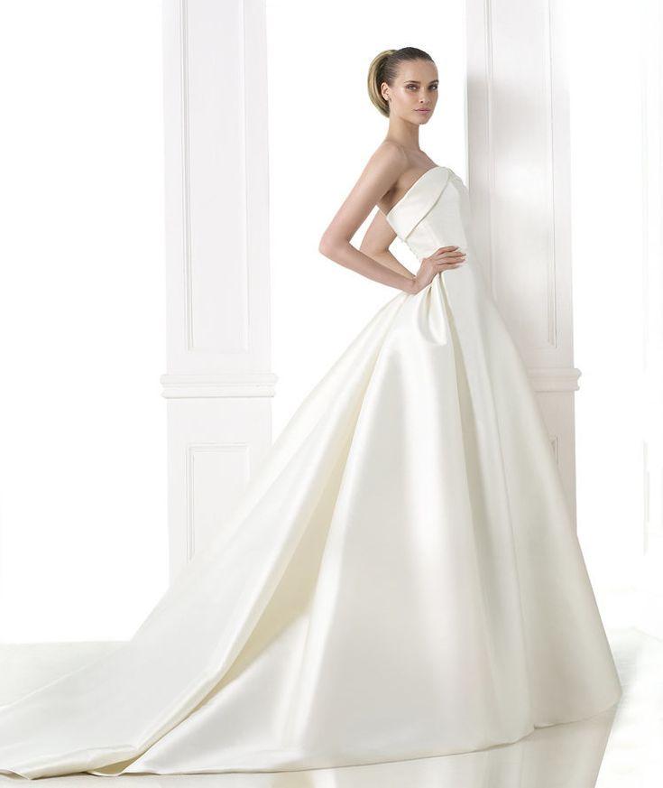 全てがミカドシルク!贅沢な一着♡ エレガントな花嫁衣装・カラードレスの参考一覧。