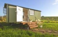 Shepherds Hut Gloucester | Glamping Holidays | Luxury Camping | QU