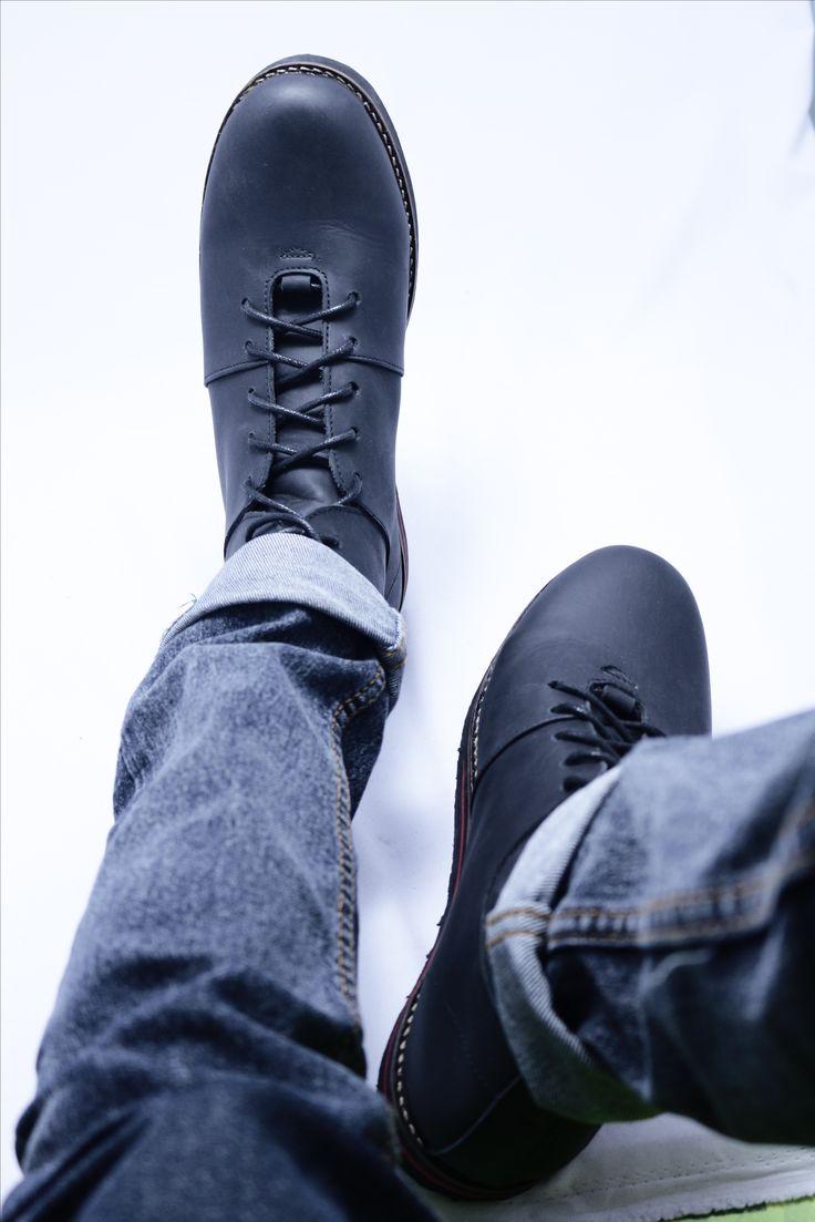 SB-014 black asik dipake bat bersantai di akhir pekan. bikin kaki makin rilex