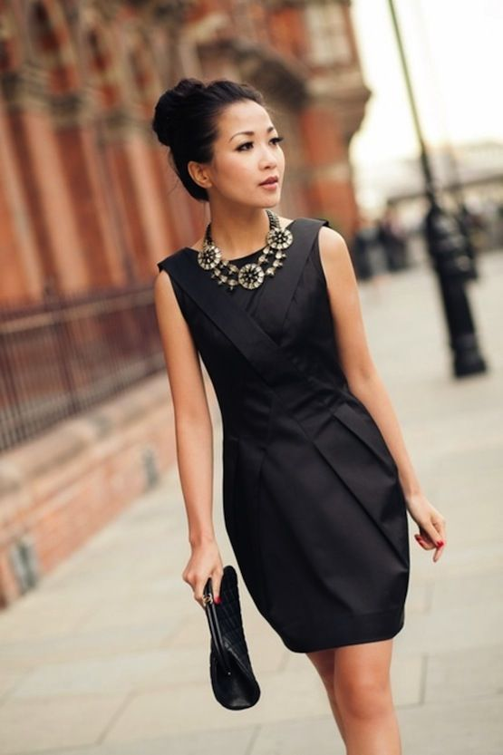 7 Ways To Wake Up Your Little Black Dress Statement Necklace Rachwear Personal Style Pinterest Dresses Fashion And