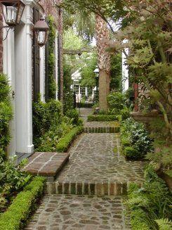 Private Garden, Charleston... | Dering Hall Landscape Garden