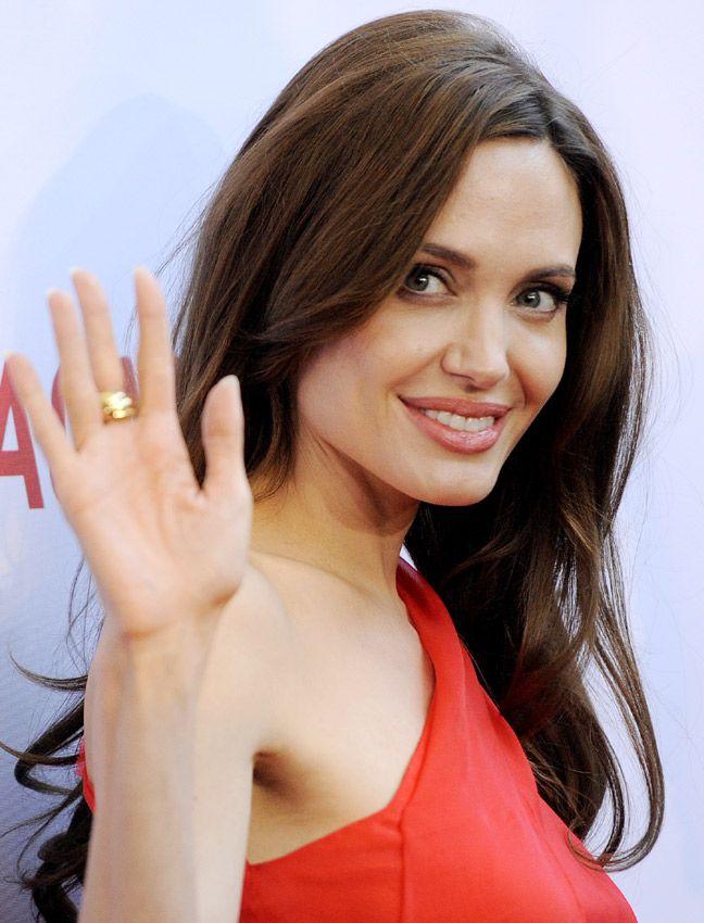 Angelina Jolie: Repasamos 40 de sus 'looks' más icónicos - Foto 25
