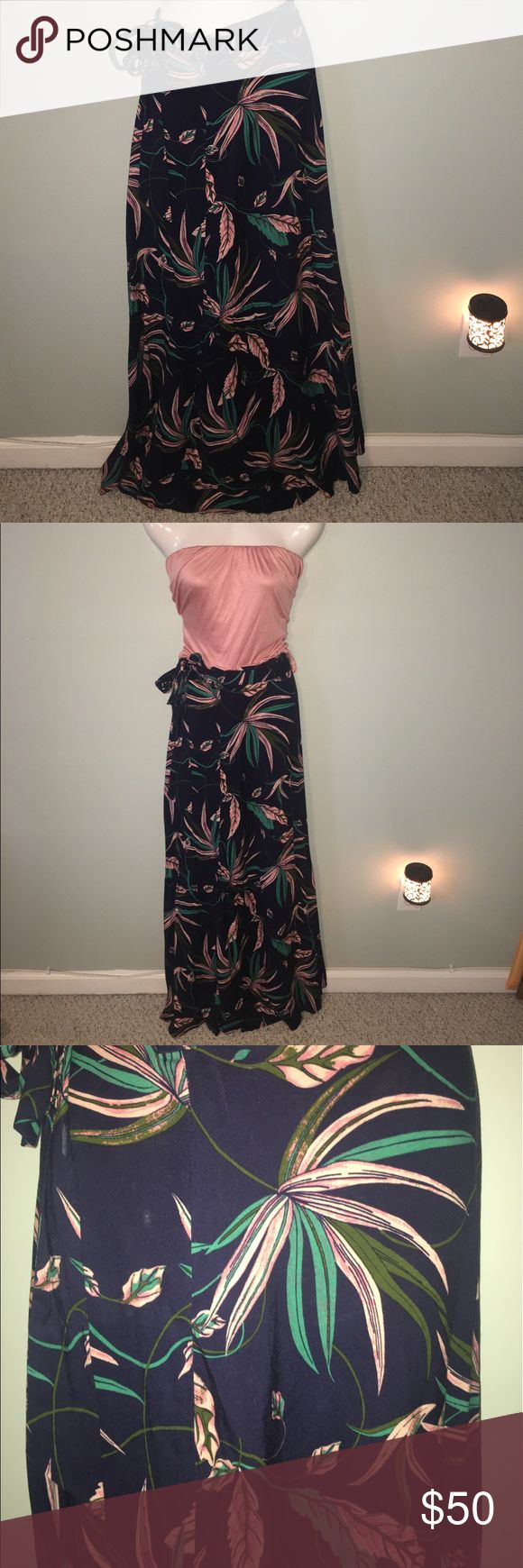#Gorgeous #Floral #Wrap #Maxi #Skirt S-XL 💥Flash #Gorgeous #Floral #Wrap #Maxi #Skirt M-XL #Soft Adjustable sarong type Waist. Navy blue soft background to blush and minty green leaves. Just gorgeous and unique. Nowhere to be found ever again! Skirts Maxi