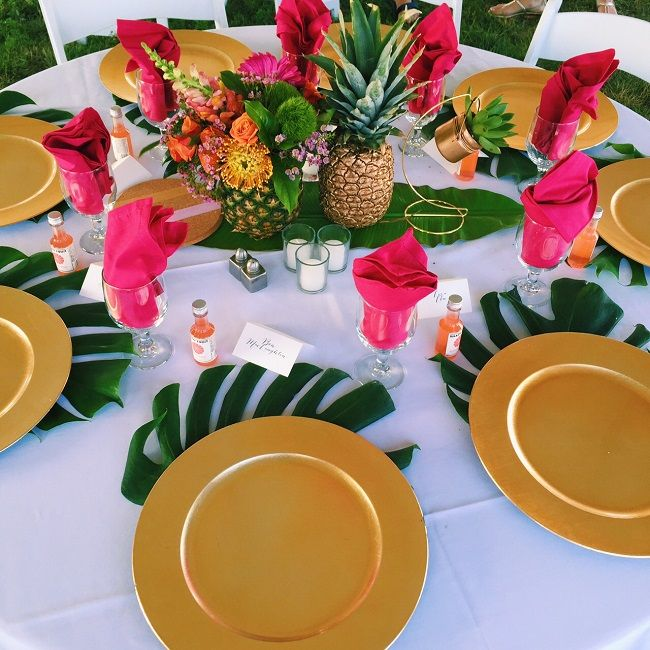 Get the Look: Tropical Themed Rehearsal Dinner | Mac & Marlborough