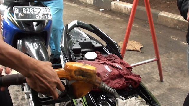 Ini kronologi perununan harga bahan bakar minyak yang pernah terjadi di Indonesia.