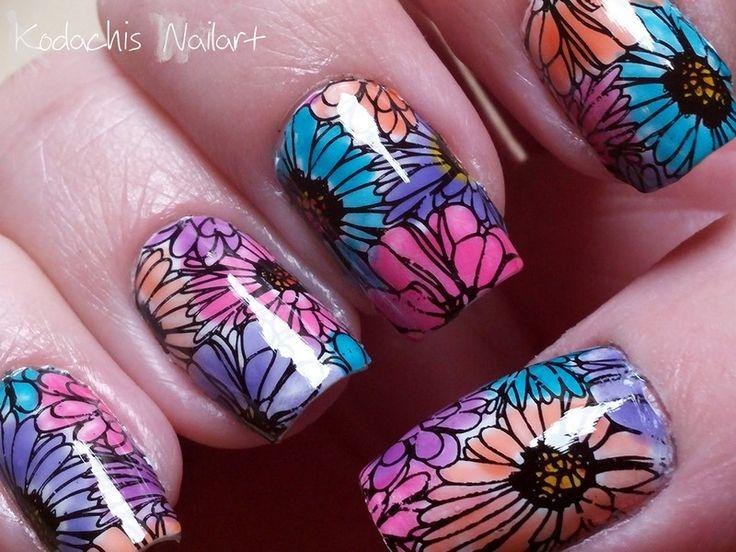 #Essie Frühlingsblumen #silkwatercolors #stamping #nailart