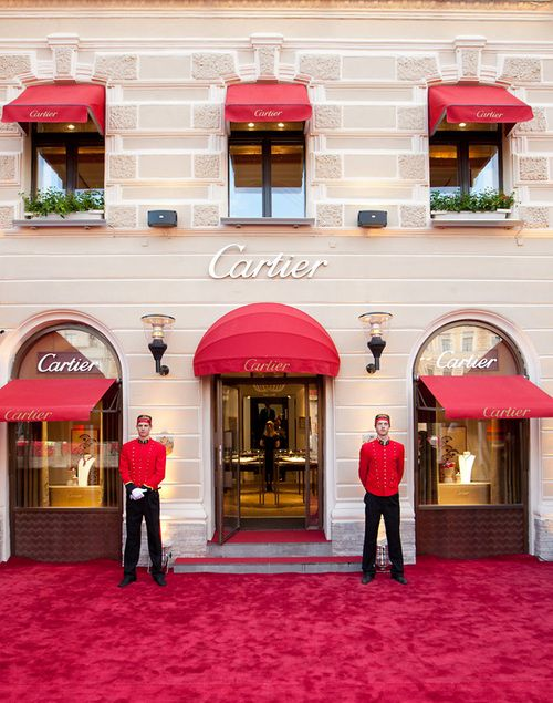 Cartier boutique <3 Diamonds are, after all, a girl's best friend.