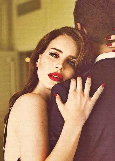 Lana del Rey - Parfois, il m'arrive de m'endormir en l'écoutant, comme lors de ces nuits d'été...