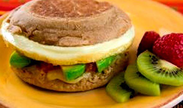 Muffin estilo sureño, jamón y queso, CEMACO