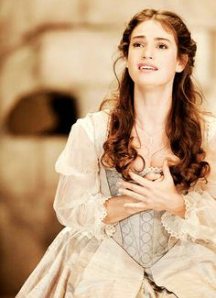 The elizabethan perception of the marriage between desdemona and othello