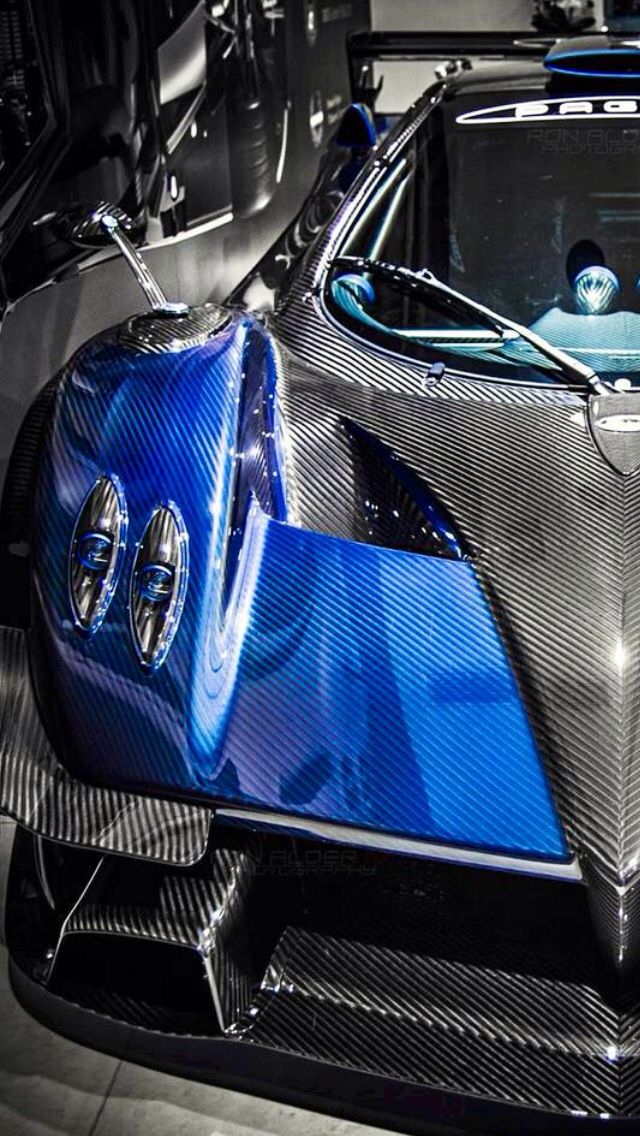 Visit The MACHINE Shop Café... ❤ Best of Pagani @ MACHINE ❤ (Pagani © Zonda Revolucion)