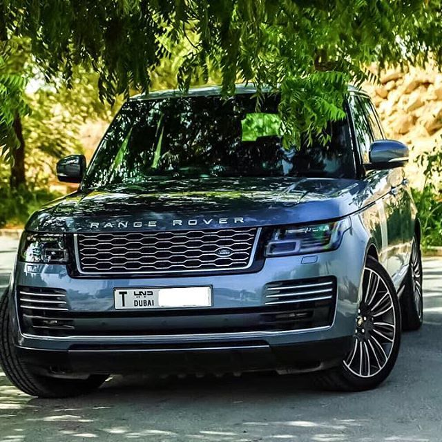 Pin By Ervan Ward On Autos In 2020 Luxury Cars Range Rover Range Rover Car Super Luxury Cars