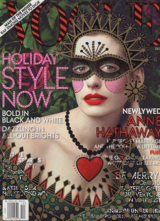 """Anne Hathaway, Ana Strumpf Re-Cover """"Vogue Magazine"""""""