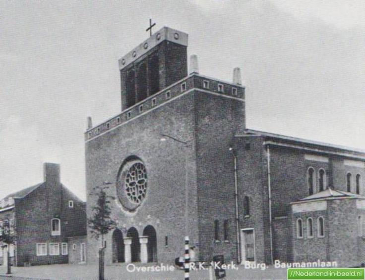 Burgemeester Baumannlaan,    R-K kerk