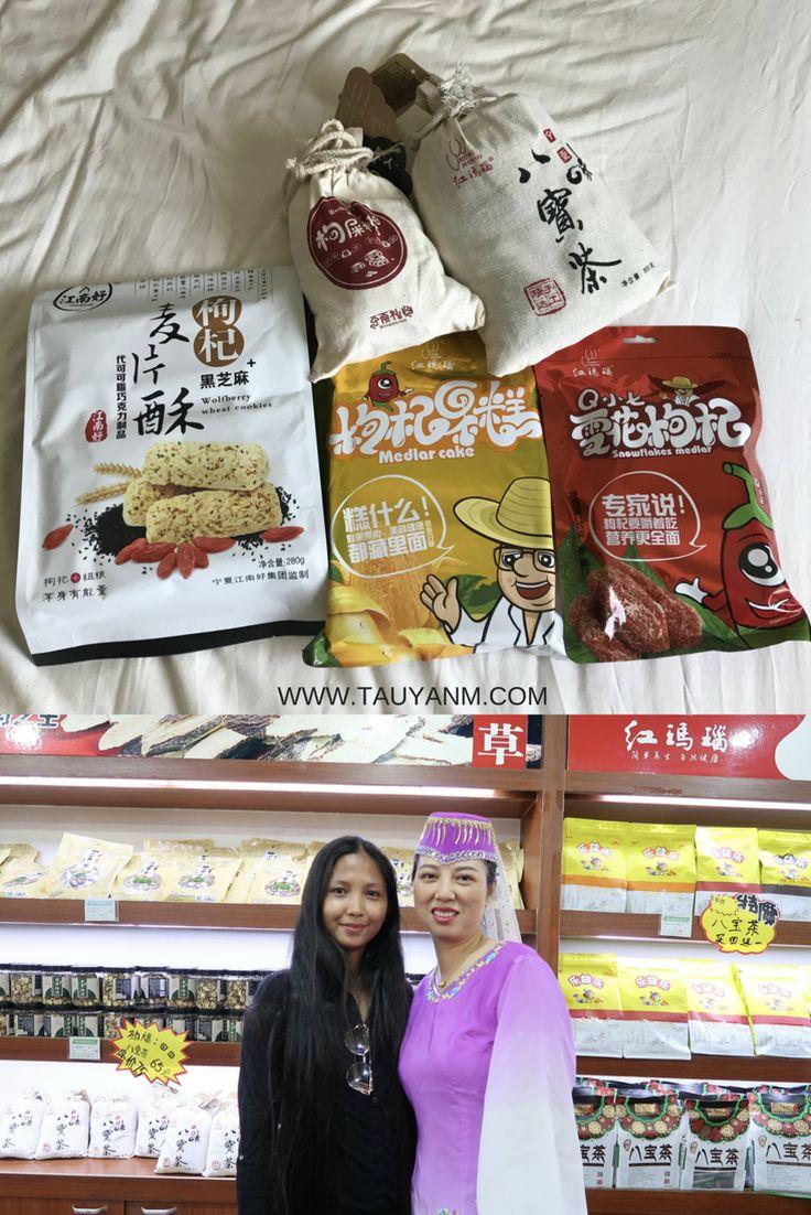 Halal Food in Yinchuan Ningxia China - Fashion Travels http://www.tauyanm.com/2017/12/10/halal-food-yinchuan-ningxia-china/ via @tauyanm @discoverningxia #visitchina #travel #blogger goji berries Jane Dubai Fashion | Travel | Event | Food | Beauty | Lifestyle | Blogger..