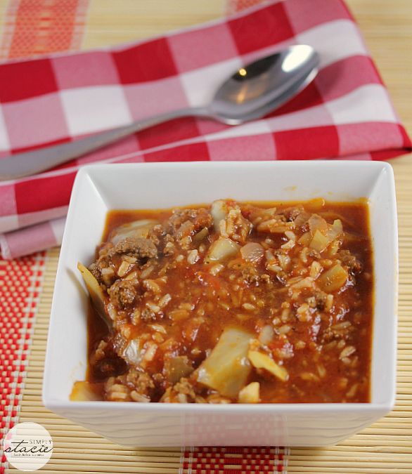 Cabbage Roll Soup | www.simplystacie.net | #cabbage #soup #slowcooker