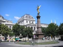 Vienna - For the Christmas markets and white horses