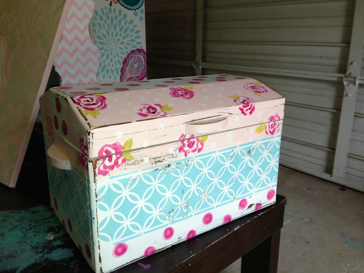 Hand painted dress up trunk. Next project for my daughters dress ...