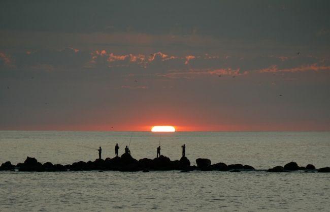 KATEGORİLER - Kategori: Gün Doğumu - Batımı - Resim: Gün batımında balık tutmak