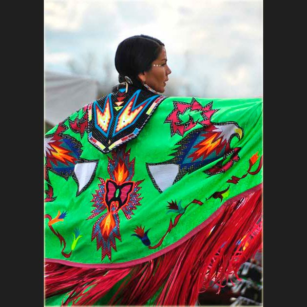 powwow+regalia   donabona.ca » Good Gifts » DōnaBōna Cards » Regalia of Colour