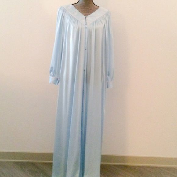 Vanity Fair Vintage Nightgown | Vintage nightgown, Nightgown and ...