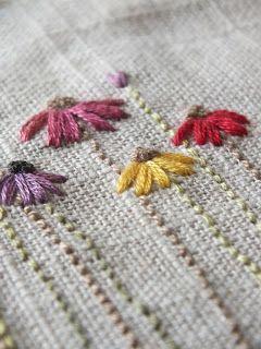 The Makers Studio: ...I stitch flowers...