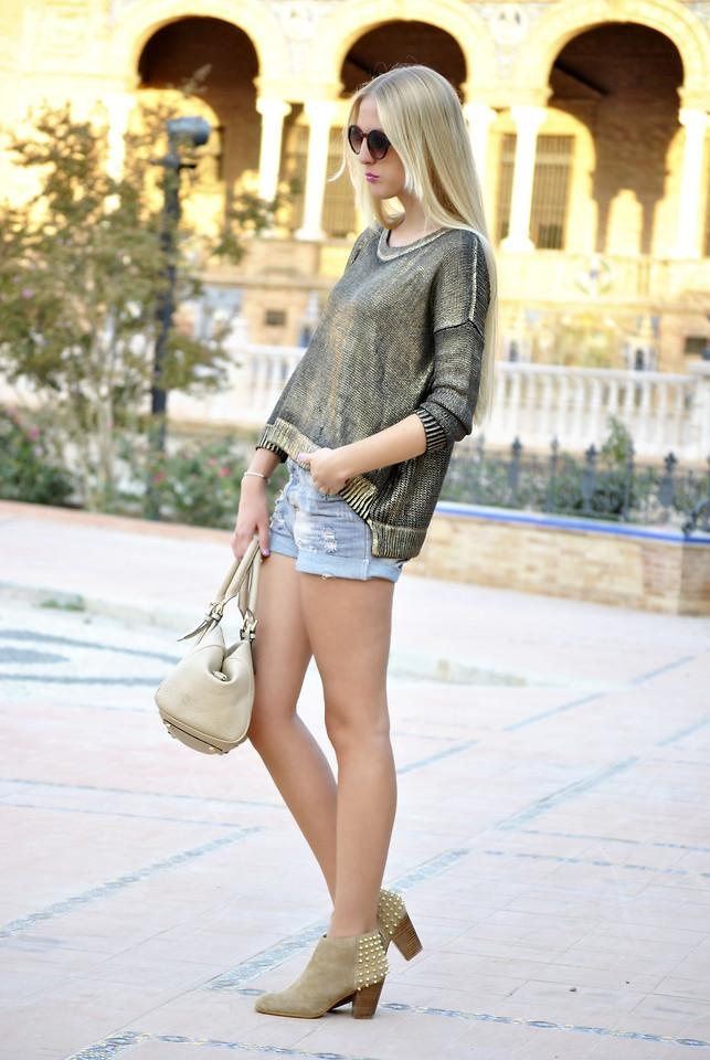 Shop this look on Kaleidoscope (top, shorts, bootie, purse)  http://kalei.do/WL99YsIL8RNFKqfo