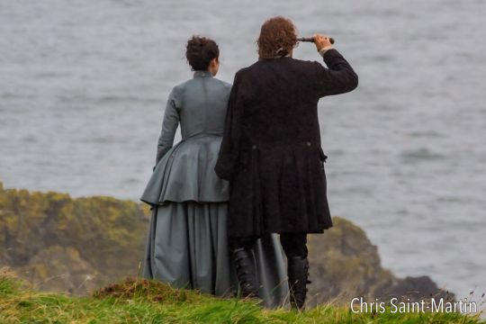 Outlander filming S3 last week near Dunure Castle on the coast of S. Ayrshire. (Source)