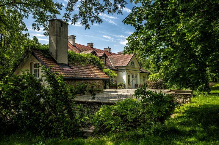 Dwór w Tomaszowicach - Krakowskie Centrum Konferencyjne ------------ The Tomaszowice Manor - Tomaszowicach