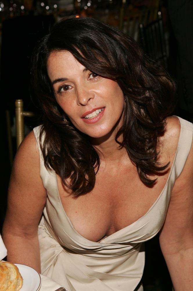 Better, Annabella sciorra nude photography