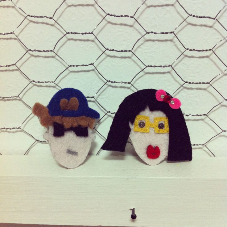 Man and woman.   #feltcraft #man #woman #brooch #fun  Handmade by mama kong