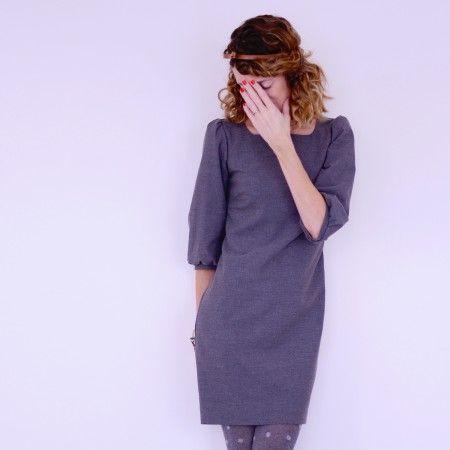 La petite robe... grise - Patron de couture du 34 au 48 #petiterobe #vanessapouzet #couture