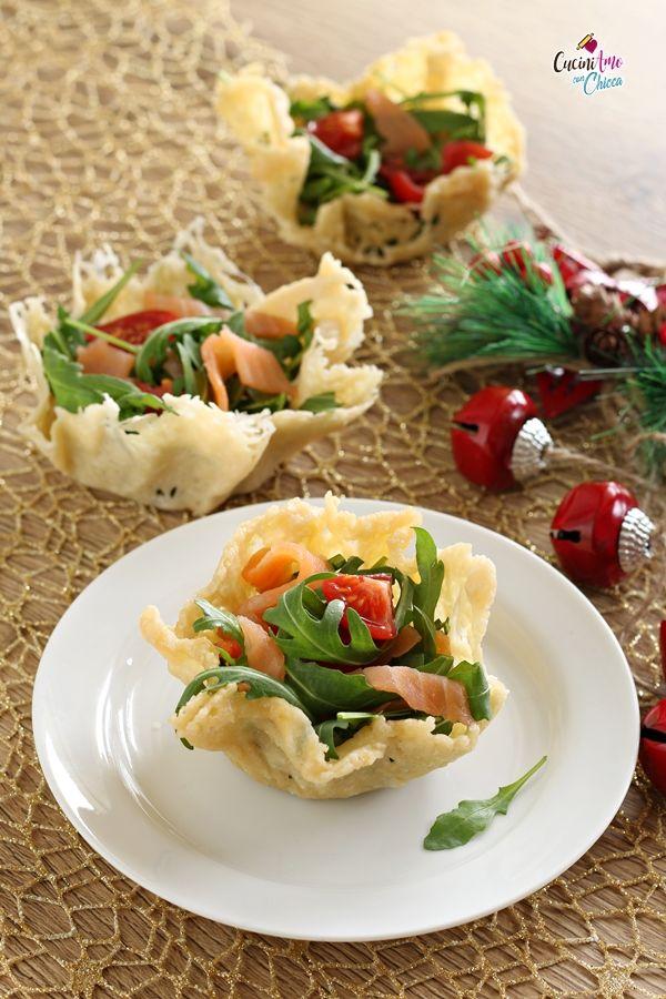 Cestini di grana con salmone e rucola