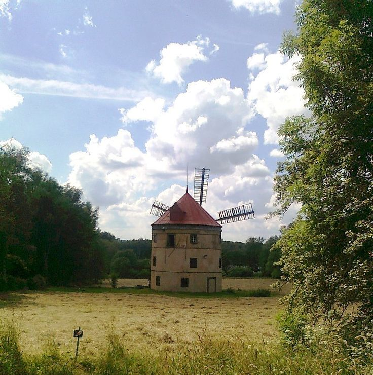 Větrný mlýn Světlík - Lužické hory - Česko