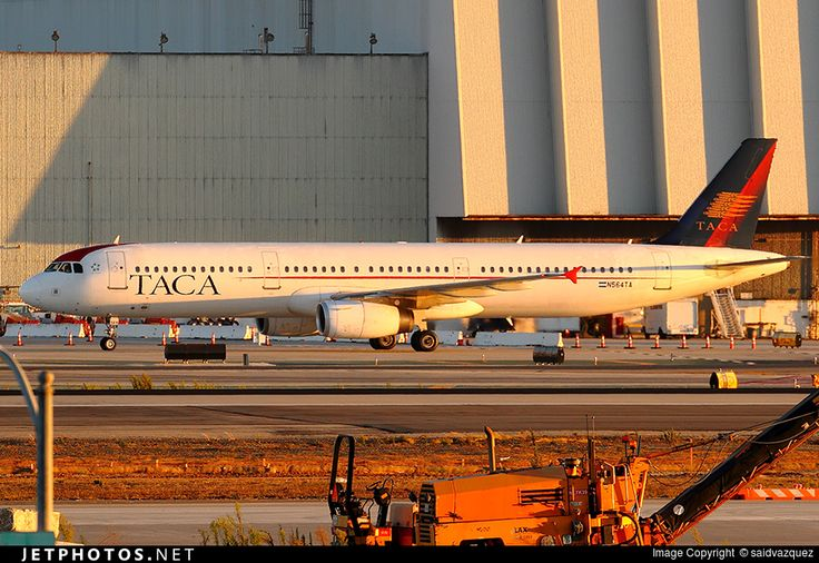 Airbus A321-231, TACA International Airlines, N564TA, cn 2862, 194 passengers, first flight 11.8.2006, TACA delivered 4.10.2006. Active (27.2016), next Avianca Central America. Foto: Los Angeles, USA, 29.8.2015.
