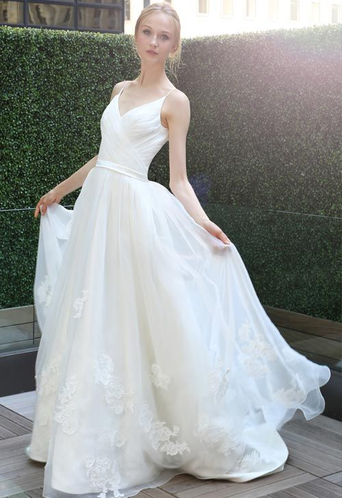 Kelly Faetanini Gown available @ Nordstrom Wedding Suites in spring wedding photography