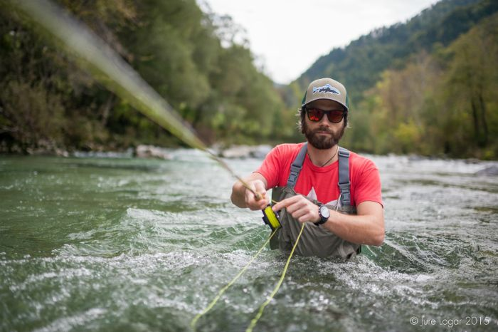 Bogatost Slovenije z vodo, čudovitimi rekami, ter marmornato postrvjo - vse to vam predstavljajo na Idrija Fly Fishing Festival 2016. Boste zraven?