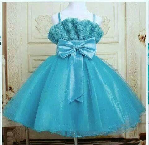 KODE : Blue Ribbon Dress PRICE : Rp.210.000,- DETAIL SIZE : 3thn : 30cm, 54cm 4thn : 32cm, 57cm 6thn : 33cm, 60cm 8thn : 34cm, 66cm 10thn : 36cm, 74cm 12thn : 40cm, 80cm HIGH QUALITY Mewah dan Elegan Bahan kombinasi tulle dan satin FOR ORDER :  SMS/Whatsapp 087777111986 PIN BB 766A6420 FB : Mayorishop